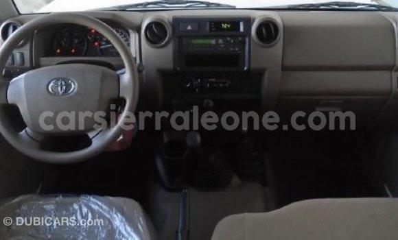Buy Import Toyota Land Cruiser White Car in Import - Dubai in Kailahun