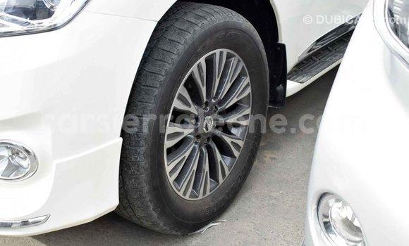 Buy Import Nissan Patrol White Car in Import - Dubai in Kailahun