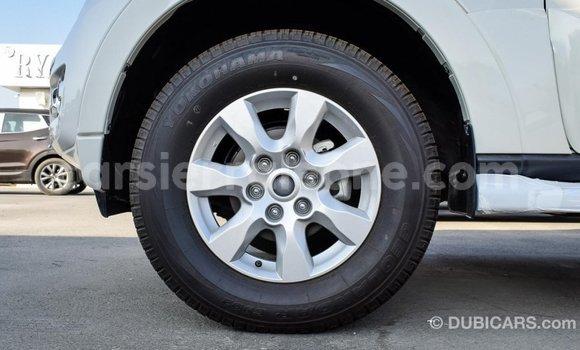 Buy Import Mitsubishi Pajero White Car in Import - Dubai in Kailahun