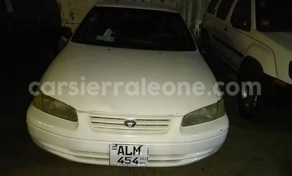Buy Used Toyota Camry White Car in Freetown in Western Urban