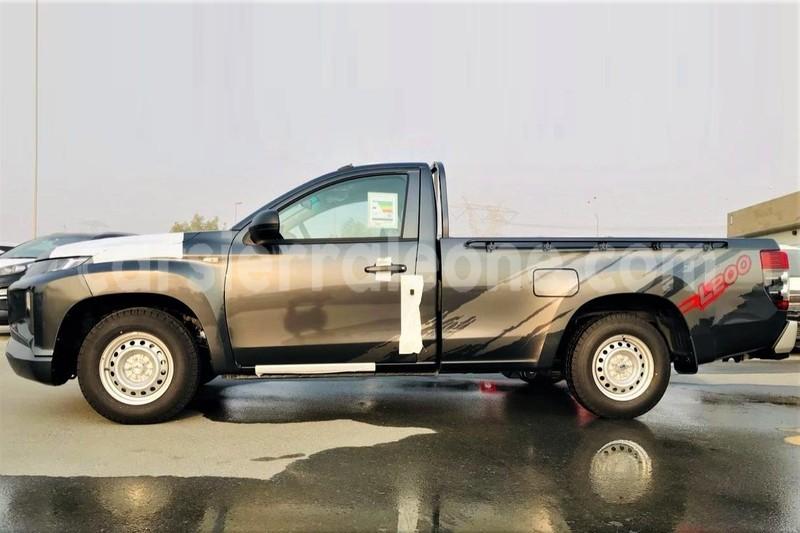 Big with watermark mitsubishi l200 kailahun import dubai 5082