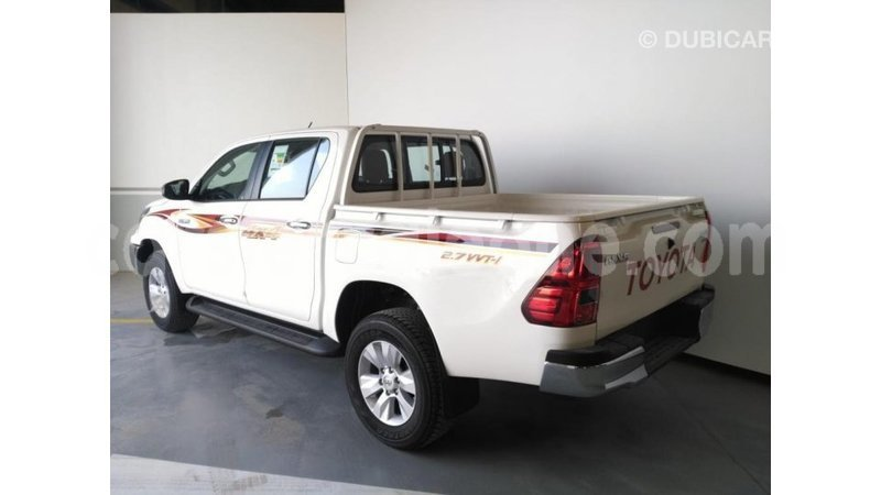 Big with watermark toyota hilux kailahun import dubai 5089