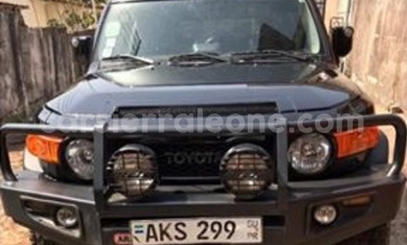 Buy Used Toyota FJ Cruiser Black Car in Segbwema in Kailahun
