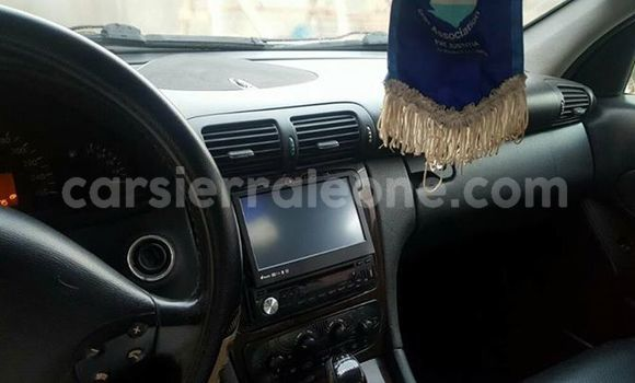 Buy Used Mercedes Benz C-Class Silver Car in Segbwema in Kailahun