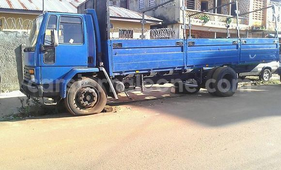 Buy Used Iveco Cargo Blue Truck in Freetown in Western Urban
