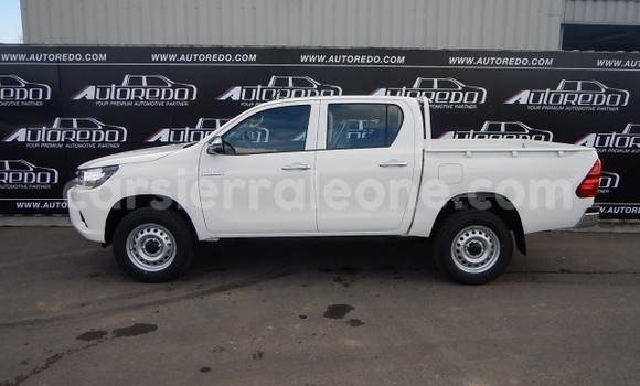 Buy New Toyota Hilux Silver Car in Freetown in Western Urban