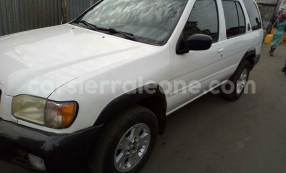 Buy Used Nissan Pathfinder White Car in Freetown in Western Urban