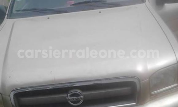 Buy Used Nissan Pathfinder Silver Car in Freetown in Western Urban