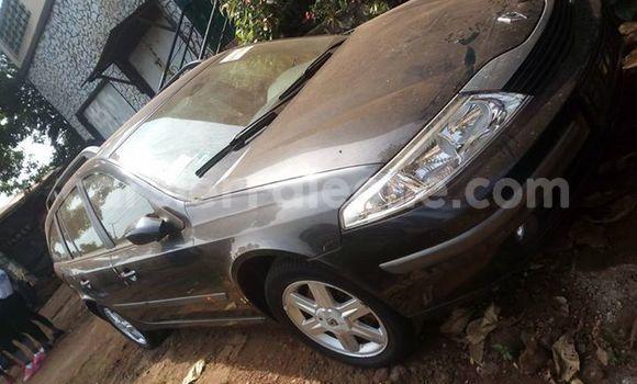 Buy Used Renault Laguna Black Car in Freetown in Western Urban