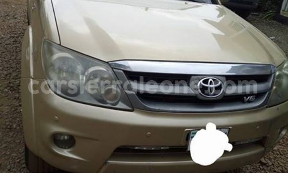 Buy Used Toyota Fortuner Other Car in Freetown in Western Urban