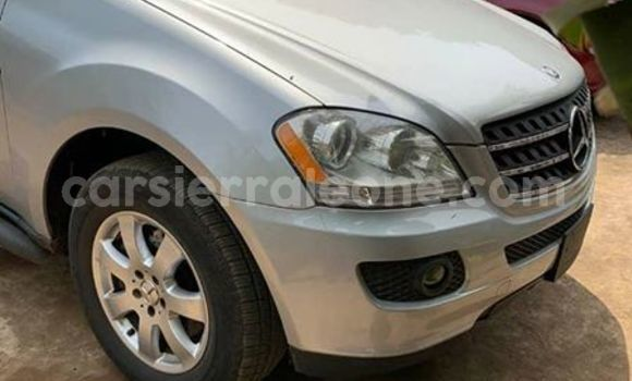 Buy Used Mercedes Benz ML–Class Silver Car in Freetown in Western Urban