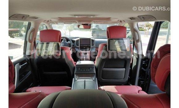 Buy Import Toyota Land Cruiser Black Car in Import - Dubai in Kailahun